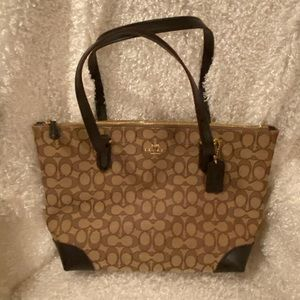 NWT coach signature bag